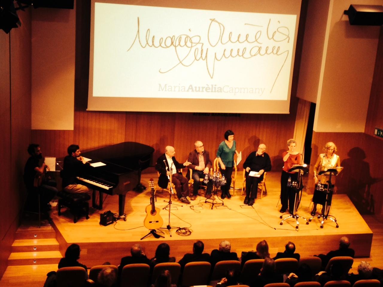 L'Associació d'Amics i Amigues de Maria Aurèlia Capmany, presentada a l'Ateneu