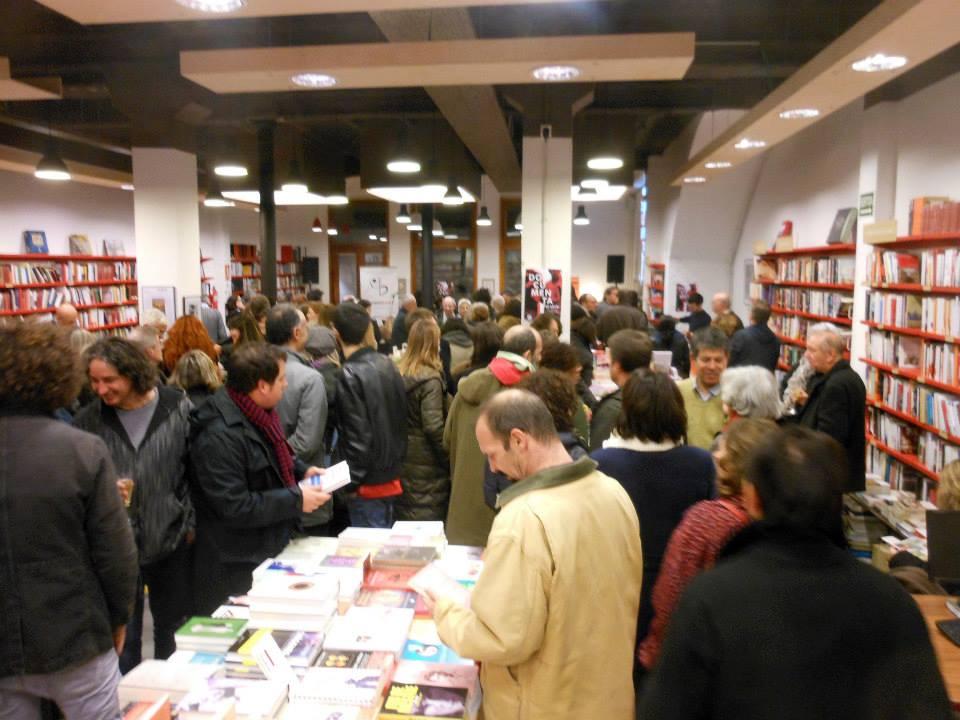 La Llibreria Documenta ha celebrat els 40 anys amb una festa nocturna