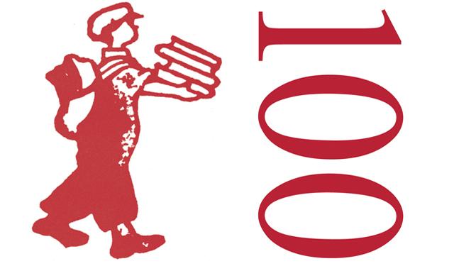 Josep Murgades explica a l'Ateneu l'origen del logo de la revista Els Marges